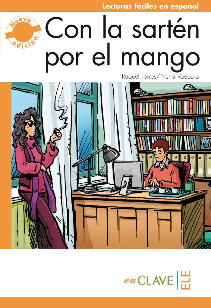Con la sarten por el mango