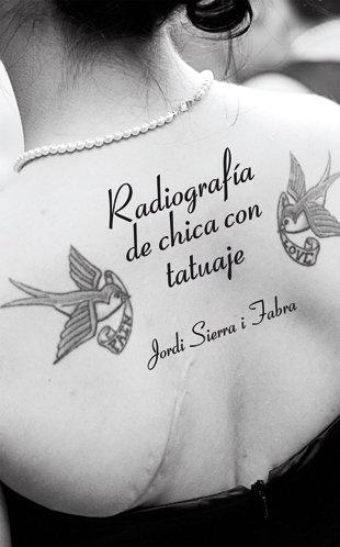 Radiografia de chica con tatuaje