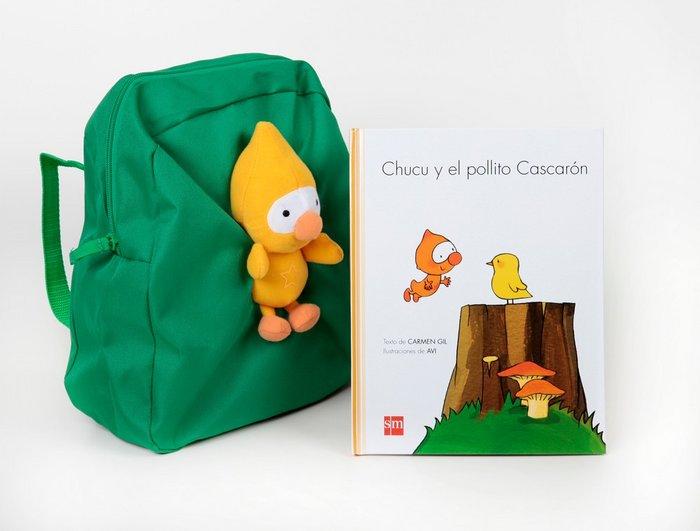Chucu y el pollito cascaron+muñeco+mochila 3años