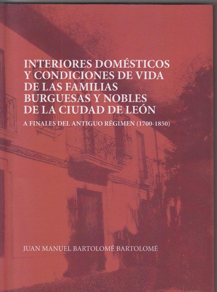 Interiores domesticos y condiciones de vida de las familias