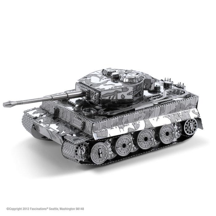 Maqueta metal tiger i tanque