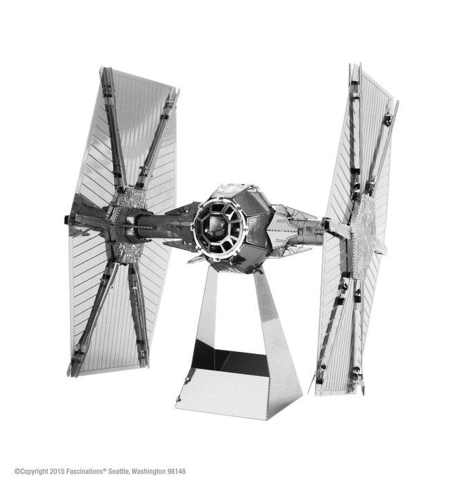 Maqueta metal caza estelar star wars
