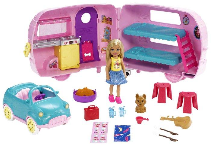 MuÑeca barbie family caravana de chelsea