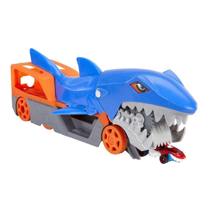 Hot wheels tiburon mastica y transporta coches