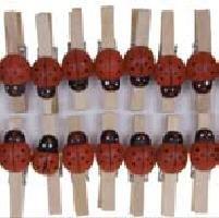 Pinzas madera mariquita 25 pzas