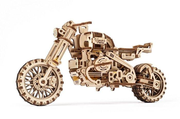 Moto enduro ugr-10 con sidecar