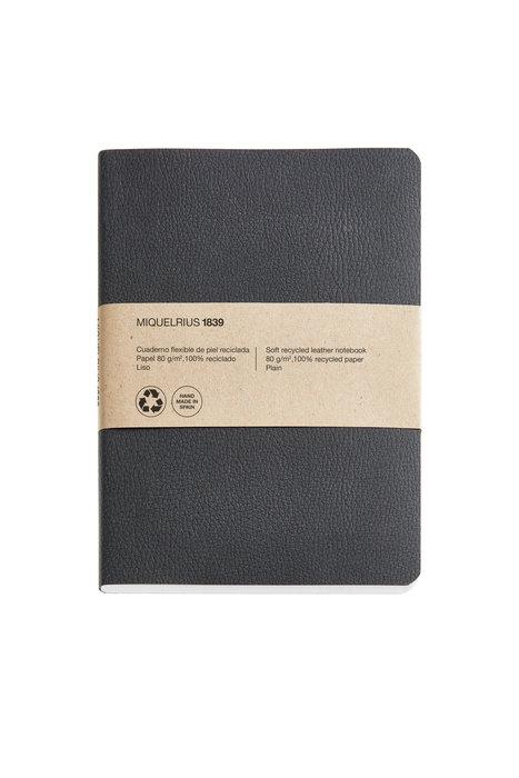 Cuaderno de notas negro 4º 100 h liso 100% reciclado