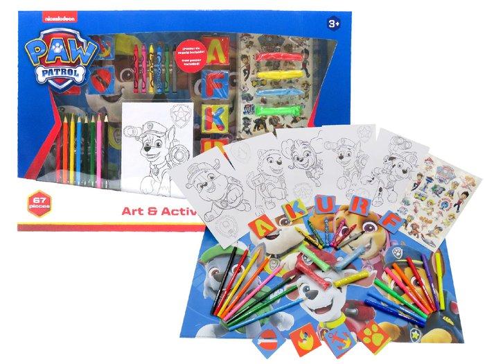 Set de actividades con 67 piezas en caja patrulla canina