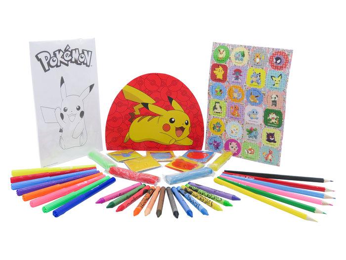 Set de actividades con 60 piezas en blister pokemon