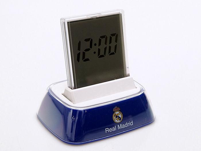 Despertador digital 4 funciones luz real madrid