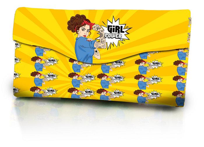 Set de manicura y brochas de maquillaje girl power