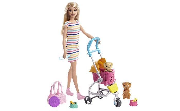 MuÑeca barbie rubia y su mascota