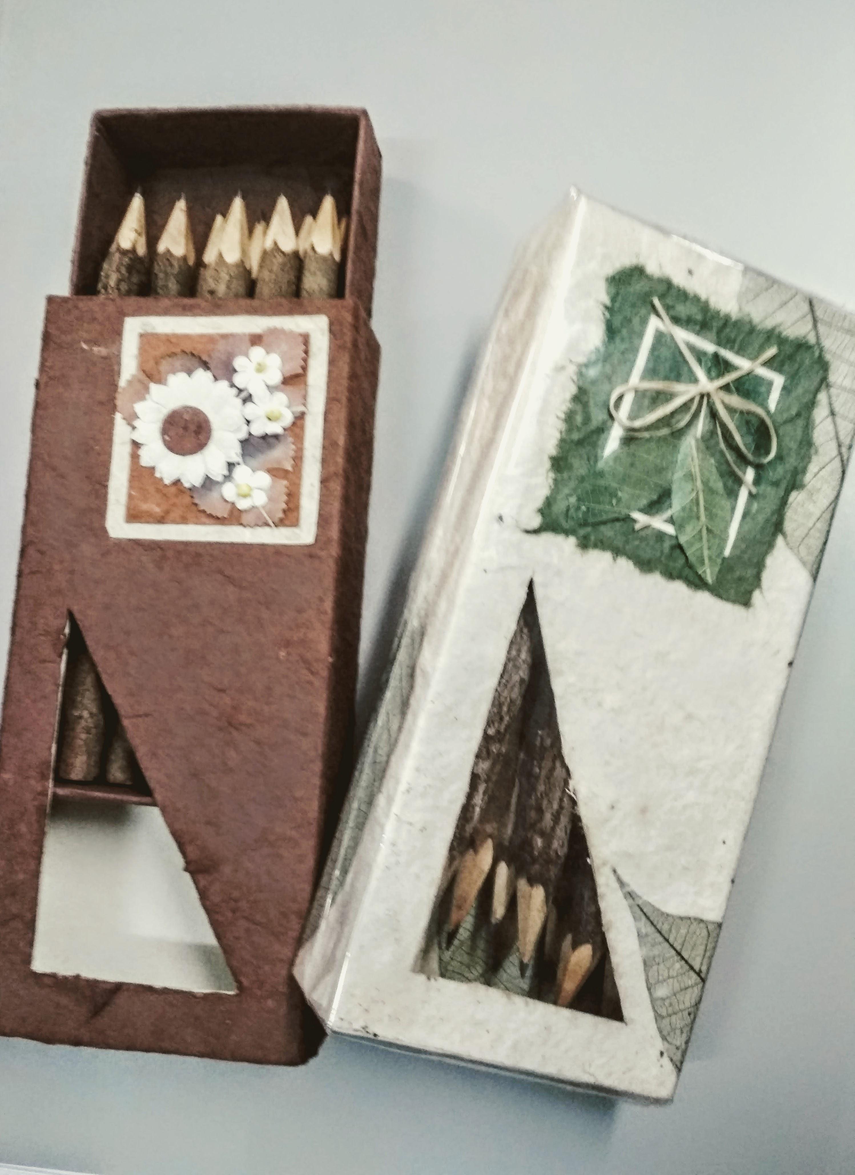 Caja 10 lápices ecológicos madera